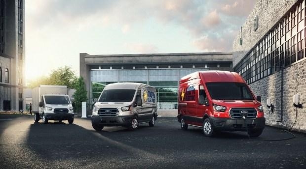 Ток транзитом: Ford представил электрический фургон