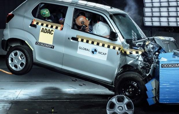 Полный ноль: краш-тест самого опасного автомобиля? (видео)