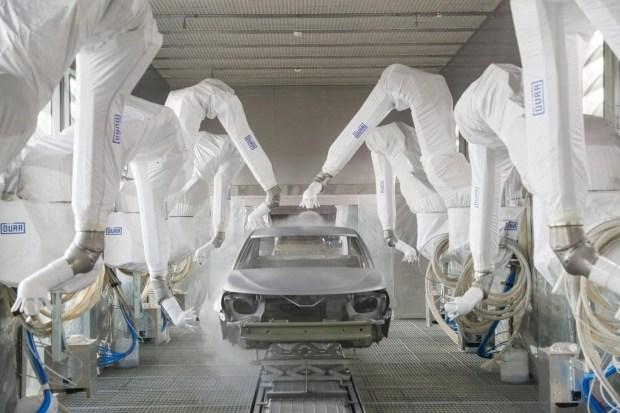 По электромобилю в минуту: новый китайский автогигант