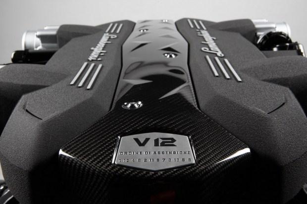 Lamborghini и Bugatti станут «последними из могикан»
