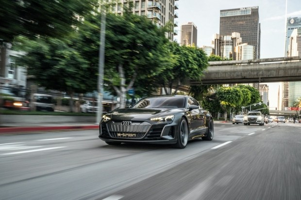 Главный дизайнер Audi раскрыл детали e-tron GT