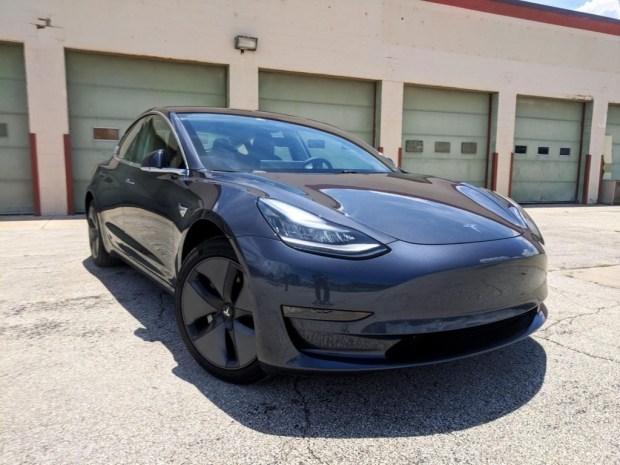 Tesla Model 3 и Model Y засветят еще ярче
