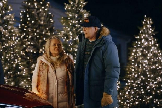 Чеви Чейз воссоздал сцену из рождественских каникул с Mustang Mach-E