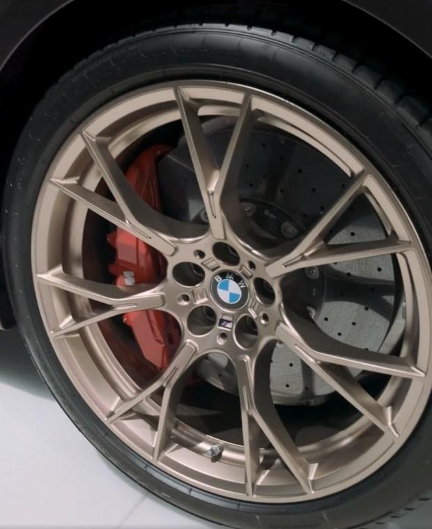 Новый BMW M5 CS дебютирует в следующем месяце