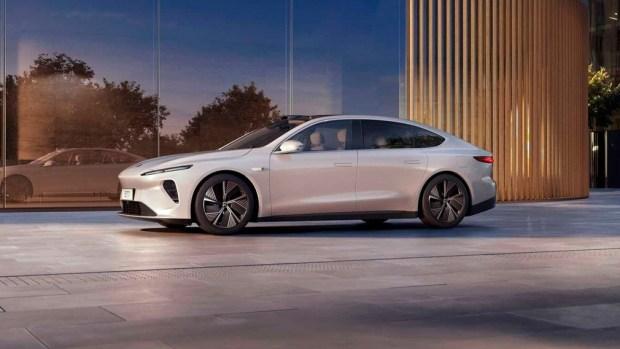 Tesla, прощай: электромобиль NIO с запасом хода в 1000 км