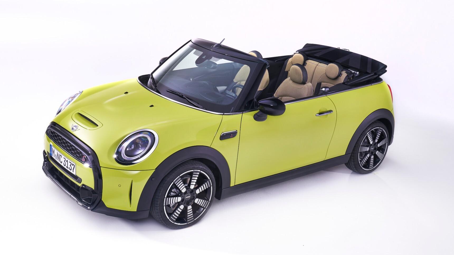 Mini обновил хэтчбеки и кабриолет
