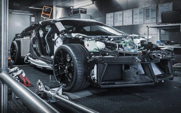 Bugatti за 8 млн: миллионеры, осталось недолго