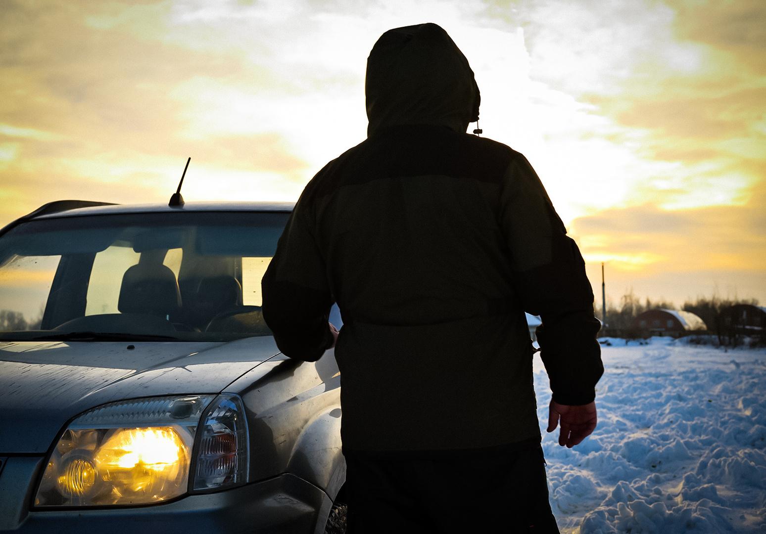 Выжить на зимней трассе: что всегда должно быть в автомобиле?