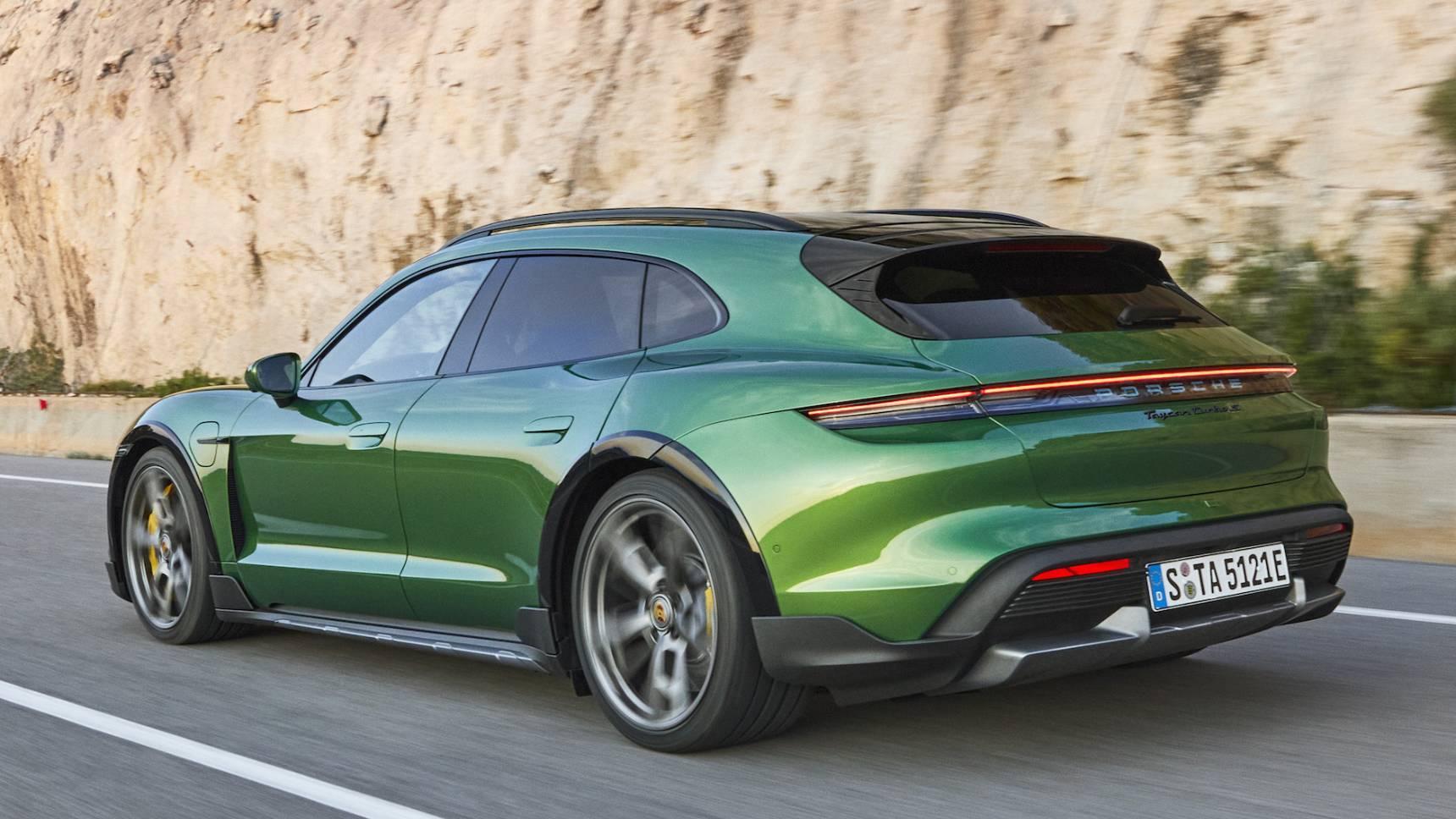 Электроседан Porsche Taycan превратился в спортуниверсал