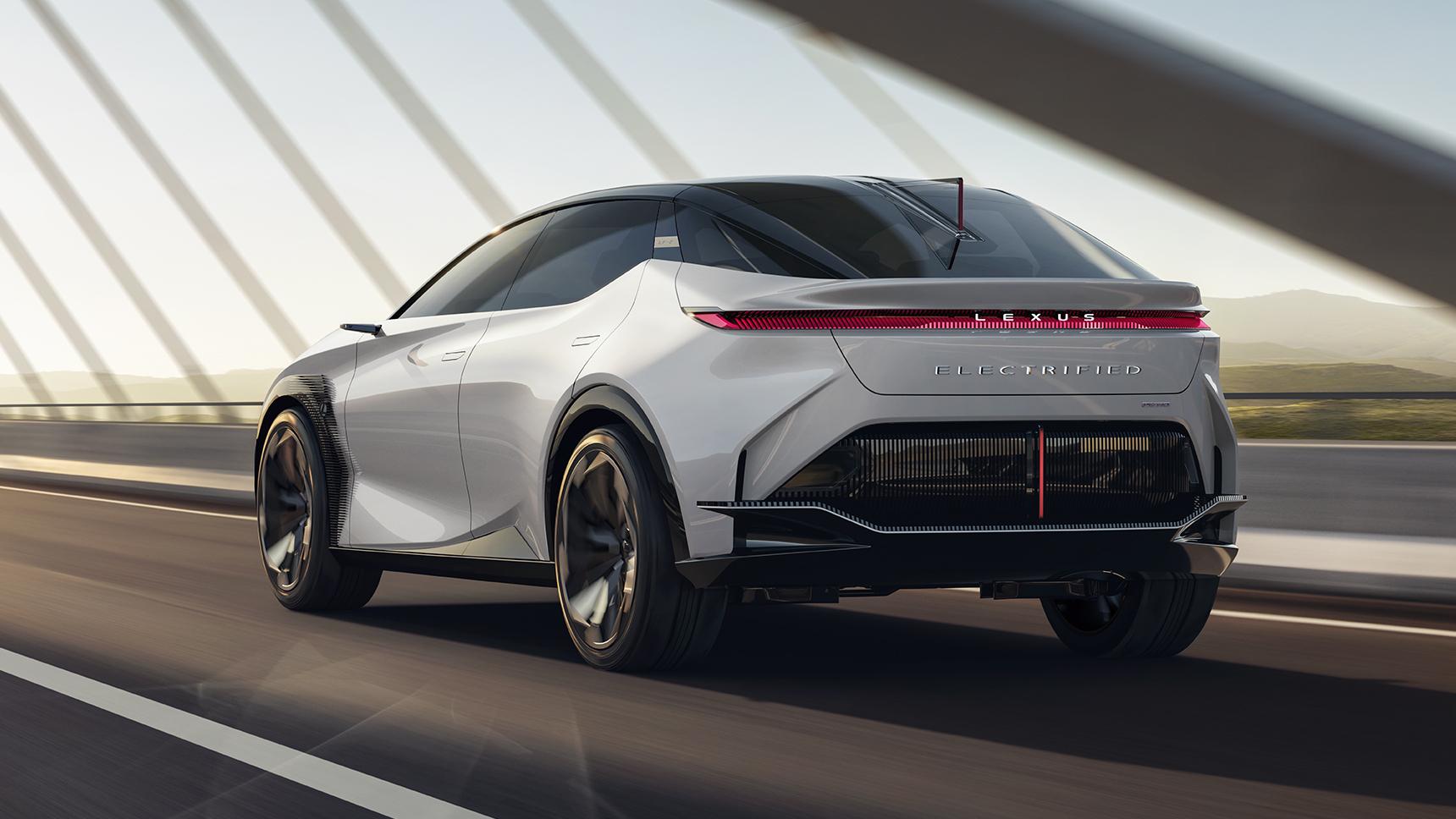 Lexus представил роскошный LF-Z со штурвалом и электрохромной крышей