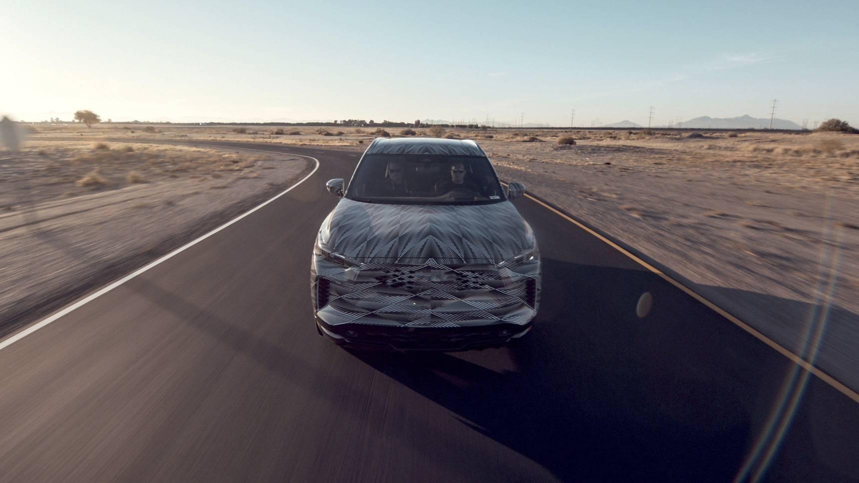 Infiniti рассказал о водительских помощниках нового QX60