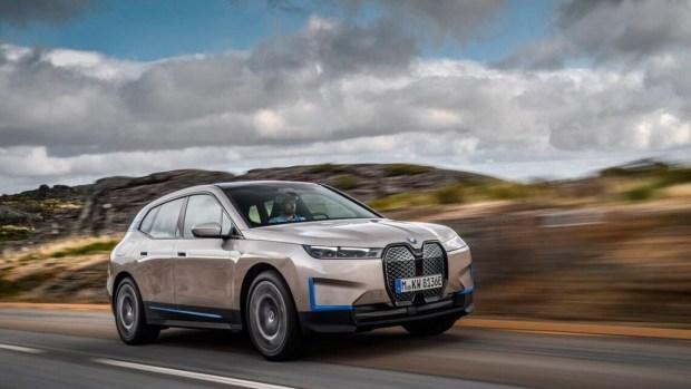 Серьезно? Глава BMW раскритиковал дизайн электромобилей конкурентов
