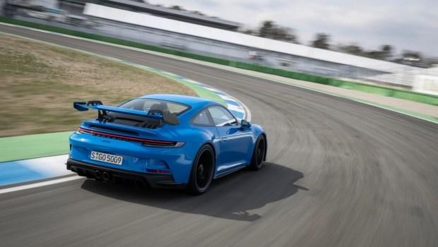 Porsche 911 GT3: 5000 км на скорости 300 км/ч