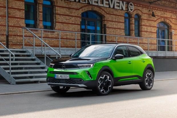 Стали відомі комплектації нової Opel Mokka в Україні - продажі стартують вже в кінці місяця