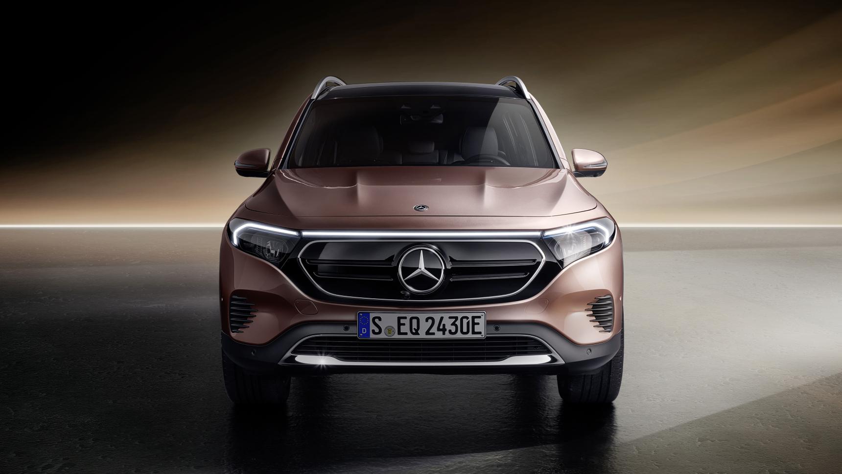 Mercedes представил новый кроссовер EQB