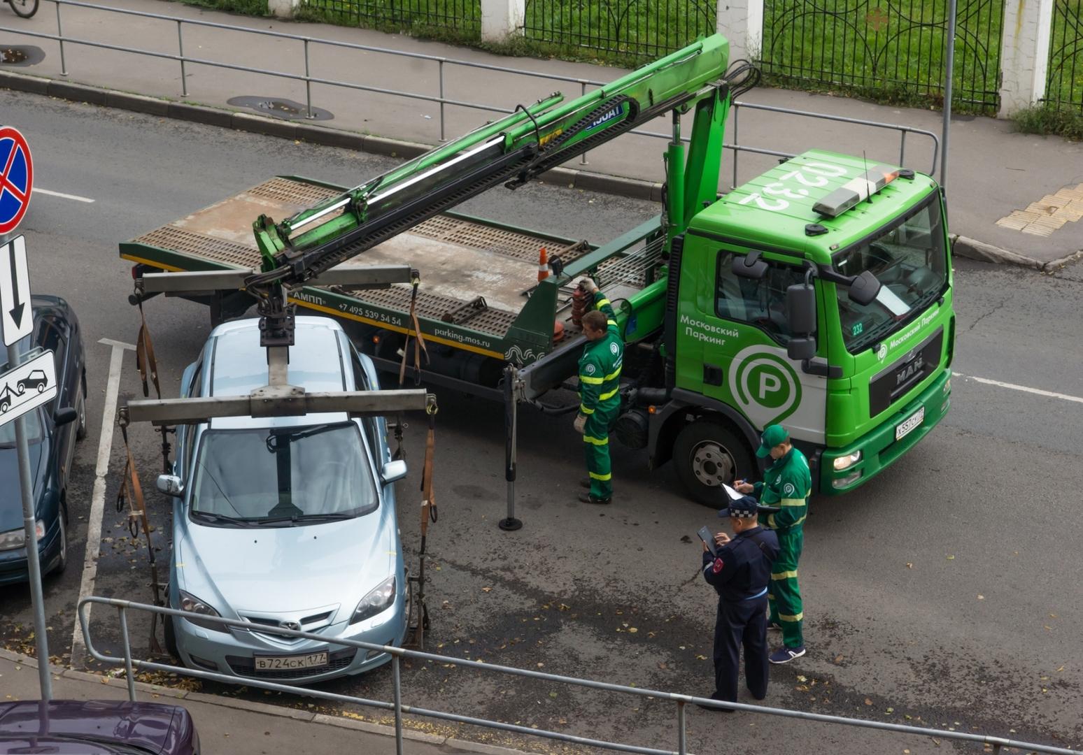 Как платные парковки поглотили Москву и что будет дальше: мало не покажется всем