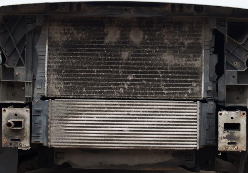 Почему и как нужно мыть радиаторы автомобиля весной