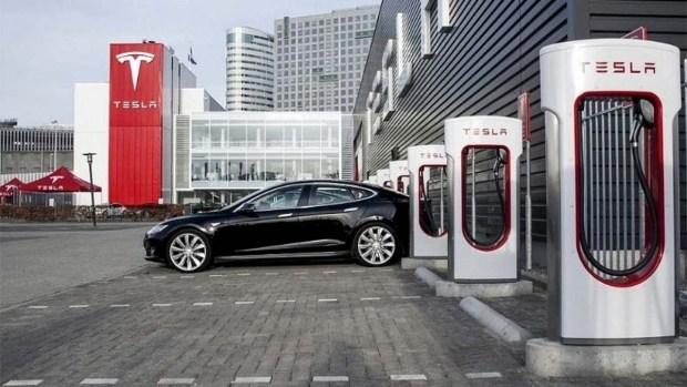 McMusk: Tesla займется ресторанным бизнесом