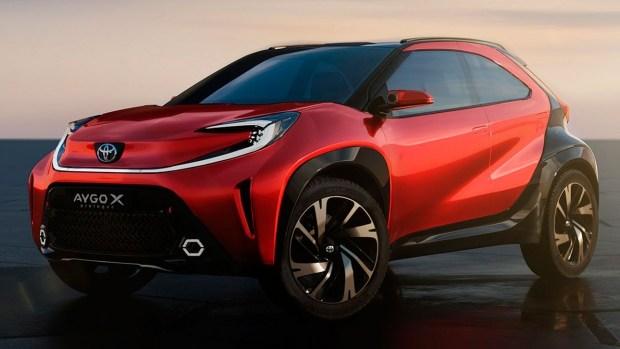 Самый компактный кроссовер Toyota готовится к выходу на рынок