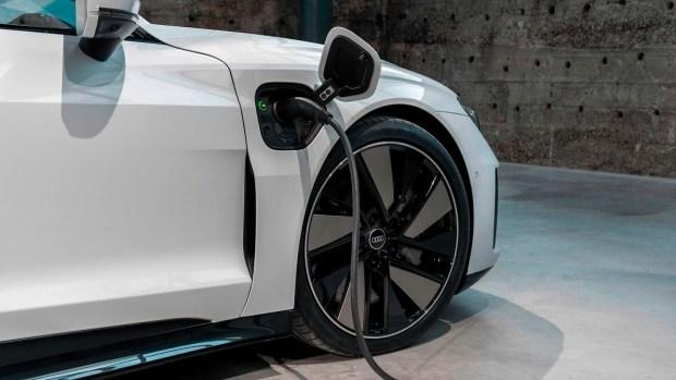 Audi e-tron GT: три года «халявы»