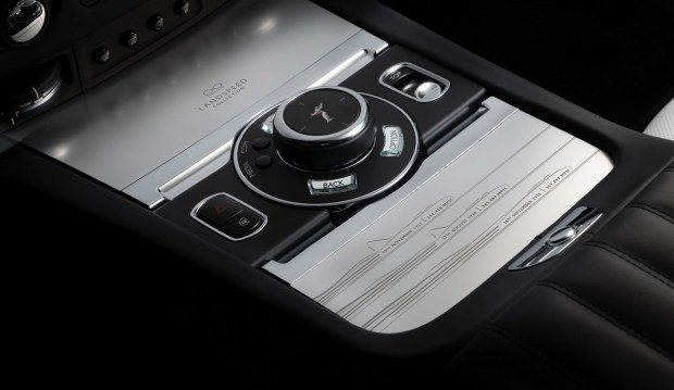 Во славу скорости: новые спецверсии Rolls-Royce