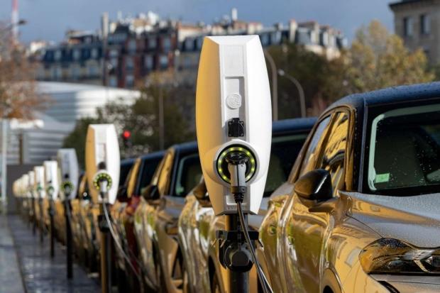 Насколько производство электромобилей вредней производства авто с ДВС?