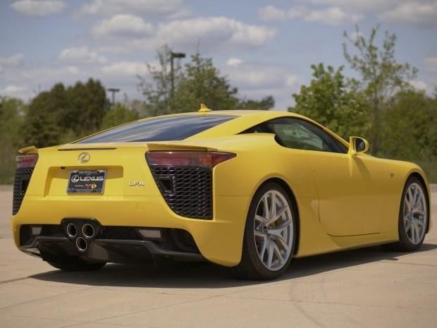 Lexus за миллион!