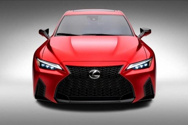 Появились технические подрбности Lexus IS500 F Sport Performance