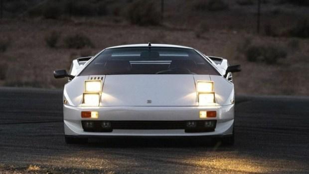 Это не Lamborghini: уникальный суперкар 1990-х годов продадут на аукционе