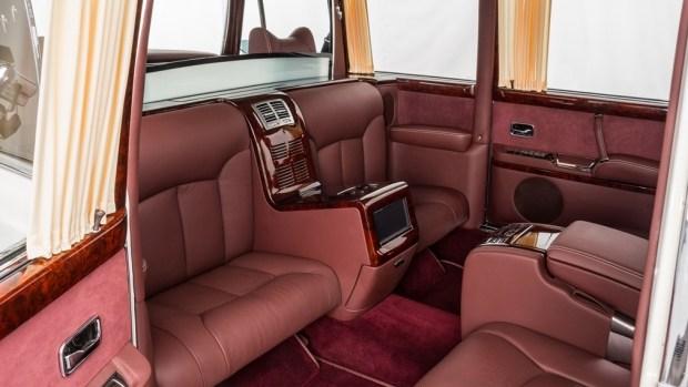 «Истинный ариец»: на продажу выставлен уникальный Mercedes W100 Pullman