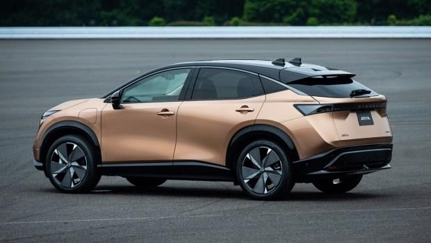 Новый логотип Nissan дебютировал вместе с Ariya