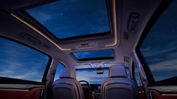 Роскошный минивэн Buick GL8 Avenir стал гибридом