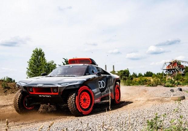 Audi e-tron отправится на ралли Дакар