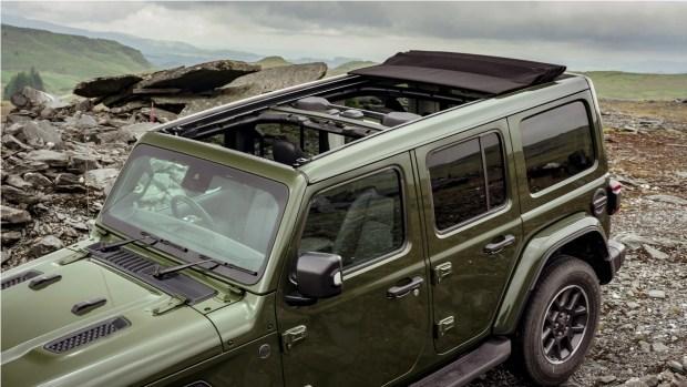 Jeep представил обновленный Wrangler