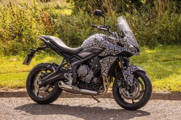 Тизер туристчиеского мотоцикла Triumph Tiger Sport 660 2022 (фото)