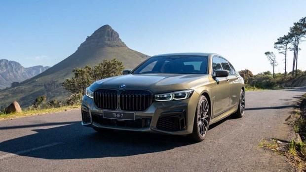 «Семерка» BMW станет электро уже в следующем году