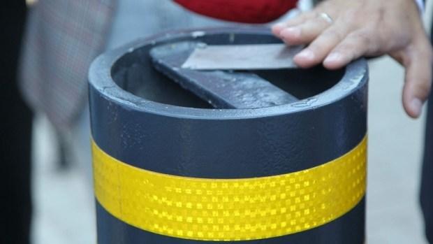 Остановки в безопасности: в Киеве установили первую систему защиты от тарана автомобилем