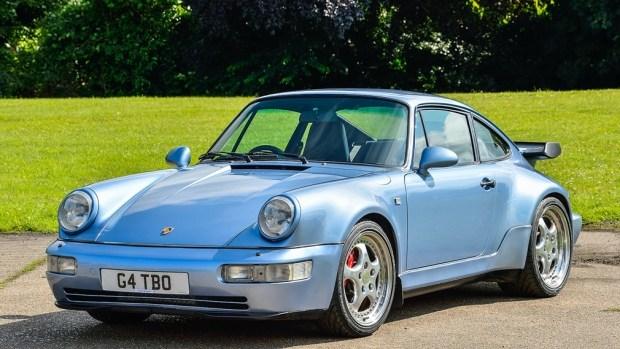 Продаётся уникальный Porsche 911 чемпиона Формулы-1