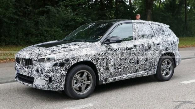Интерьер нового BMW X1 попал на фото