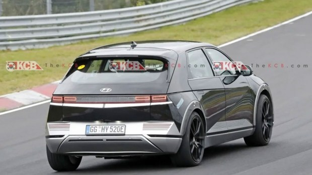 Hyundai загнал Ioniq 5 на Нюрбургринг