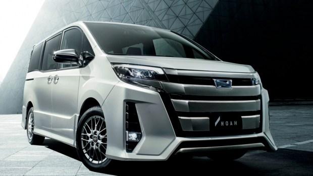 Toyota выпустит новое поколение минивэна Noah