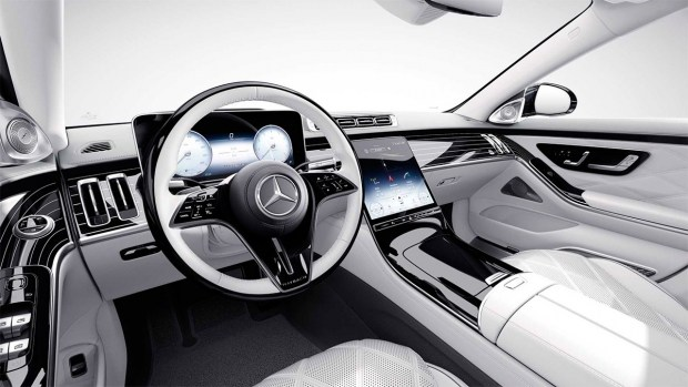 Maybach отметил 100-летие выпуском роскошного седана с V12