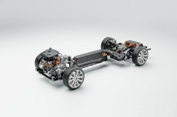 Гибриды Volvo стали мощнее и экологичнее
