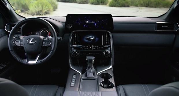 Lexus презентує новий флагманський позашляховик LX